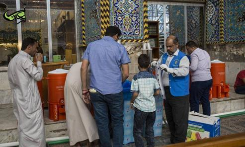 The division of providing water at the Al-Abbas's (p) Holy Shrine: Thousands of litres of cold water are distributed daily to the visitors.